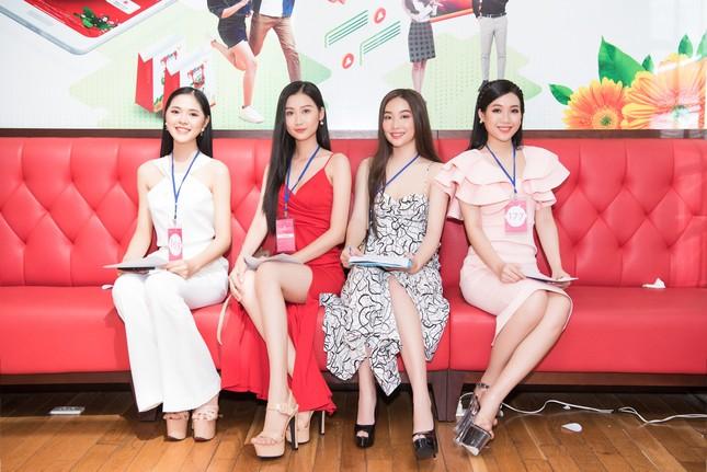 Toàn cảnh Sơ khảo phía Nam cuộc thi Hoa hậu Việt Nam 2020 ảnh 4