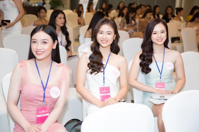 Toàn cảnh sơ khảo phía Bắc cuộc thi Hoa hậu Việt Nam 2020 ảnh 1