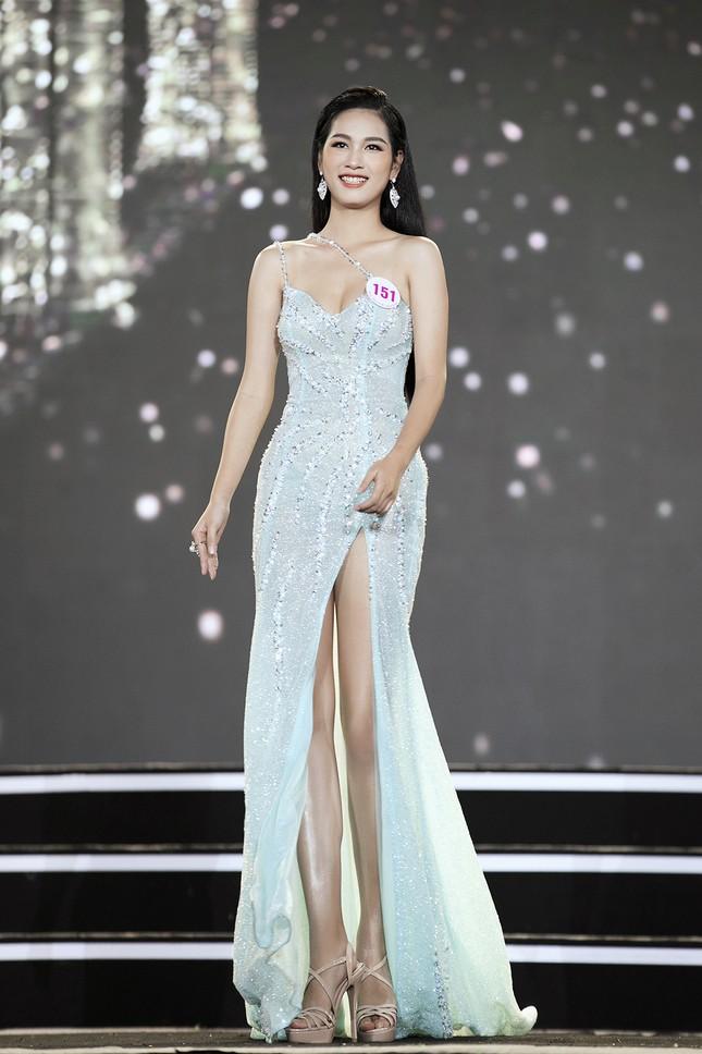 Ngắm nhan sắc của 14 thí sinh phía Nam vào Chung kết Hoa hậu Việt Nam 2020 ảnh 3