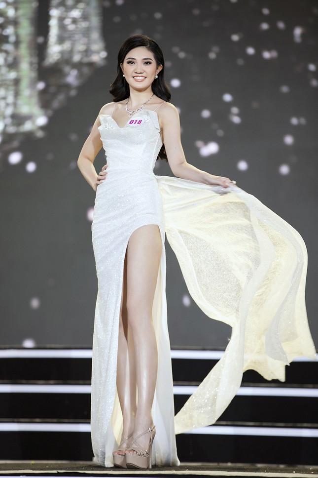 Ngắm nhan sắc của 14 thí sinh phía Nam vào Chung kết Hoa hậu Việt Nam 2020 ảnh 5