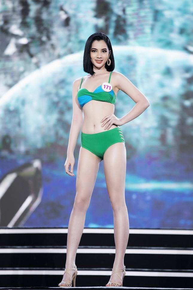 Ngắm nhan sắc của 14 thí sinh phía Nam vào Chung kết Hoa hậu Việt Nam 2020 ảnh 16