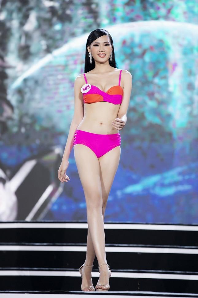 Ngắm nhan sắc của 14 thí sinh phía Nam vào Chung kết Hoa hậu Việt Nam 2020 ảnh 10