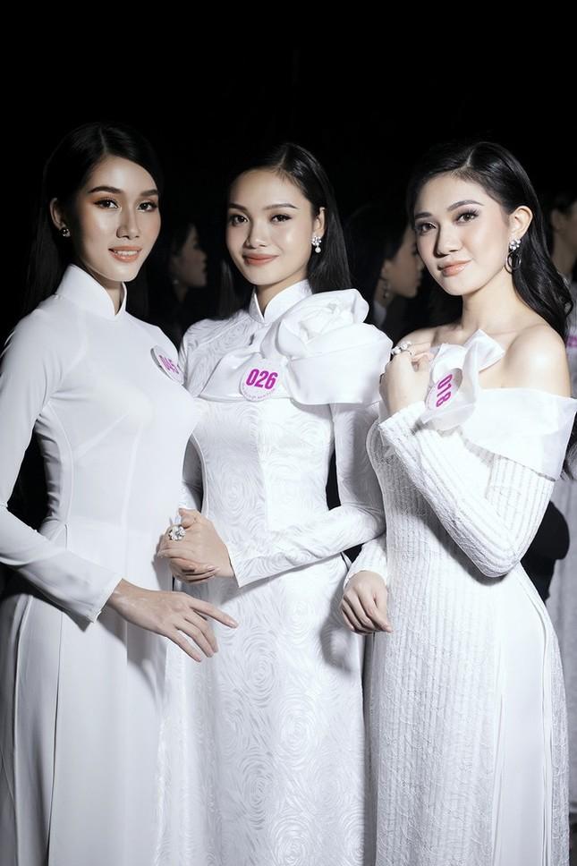 Hai cô gái xứ Thanh tuổi 19 vào Chung kết Hoa hậu Việt Nam 2020 ảnh 7