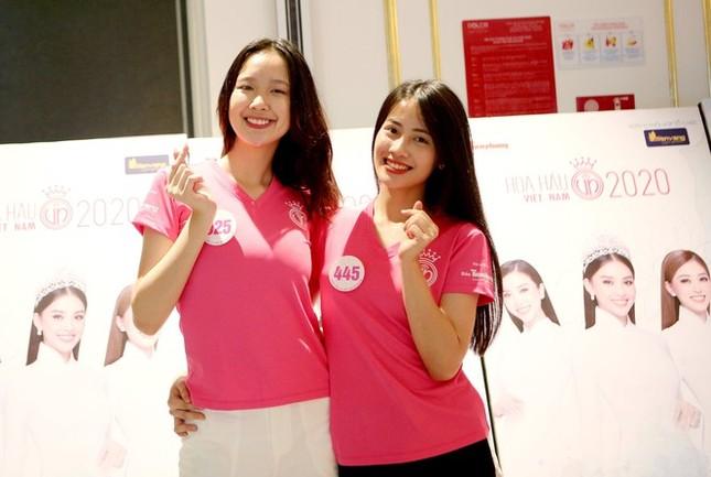 Hai cô gái đất Cảng vào Chung kết Hoa hậu Việt Nam 2020 có gì đặc biệt? ảnh 3