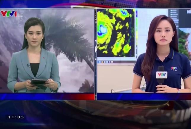 Showbiz 29/10: BTV thời tiết VTV chia sẻ 2 ngày 'trực chiến' bão số 9 với 30 lần lên sóng ảnh 1