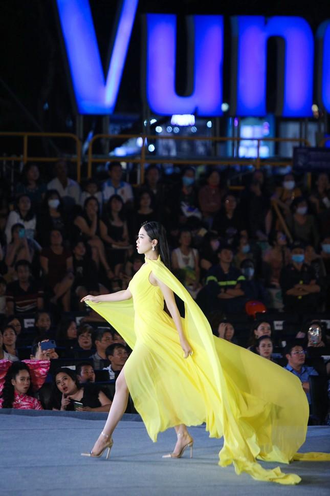 Công bố Top 5 Người đẹp Thời trang của Hoa hậu Việt Nam 2020 ảnh 20