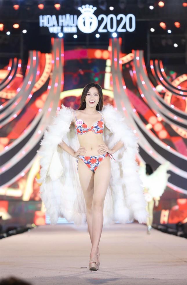Đường cong nóng bỏng của 5 cô gái mặc bikini đẹp nhất Hoa hậu Việt Nam 2020 ảnh 7