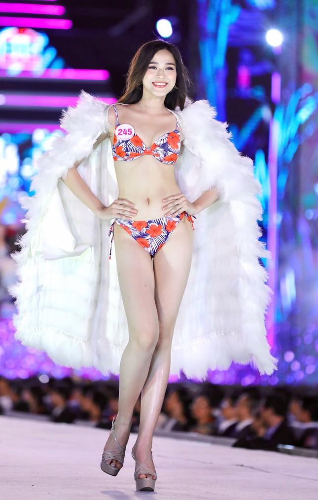 Đường cong nóng bỏng của 5 cô gái mặc bikini đẹp nhất Hoa hậu Việt Nam 2020 ảnh 5