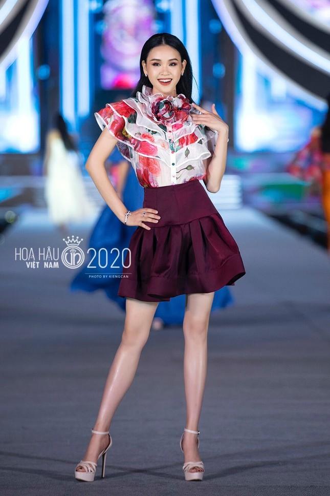 Thí sinh kể về những 'mama tổng quản' ở nhà chung Hoa hậu Việt Nam 2020 ảnh 1