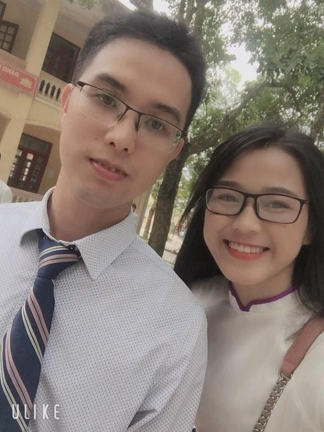 Ảnh tân Hoa hậu Đỗ Thị Hà đi cấy gây 'bão' mạng xã hội ảnh 5