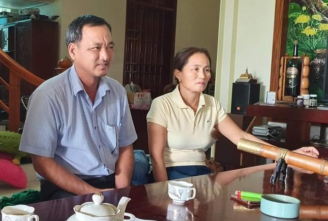 Ảnh tân Hoa hậu Đỗ Thị Hà đi cấy gây 'bão' mạng xã hội ảnh 2