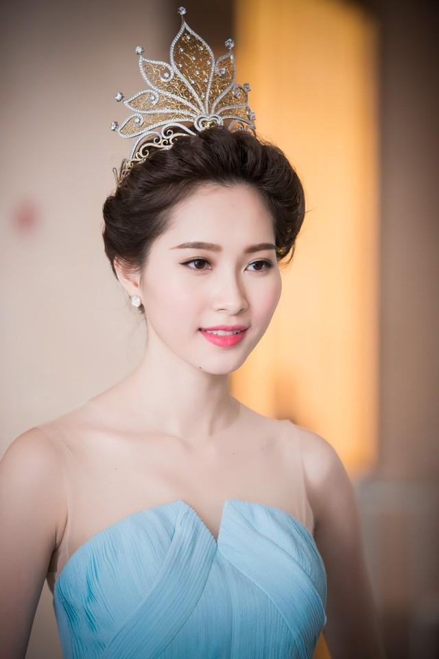 Đỗ Thị Hà mở ra một thập kỷ nhan sắc mới, nhìn lại vẻ đẹp của 5 Hoa hậu VN thập kỷ qua ảnh 4