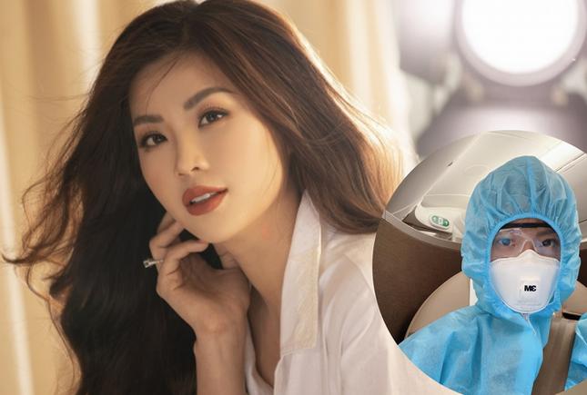 Showbiz 24/11: Đàm Thu Trang ngậm ngùi thú nhận là 'người thừa của dòng họ' sau khi sinh ảnh 2