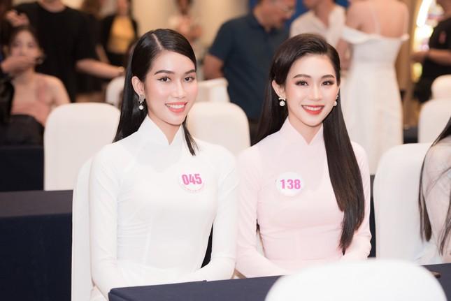 Nhan sắc 'Người đẹp được yêu thích nhất' Hoa hậu Việt Nam 2020 ảnh 4