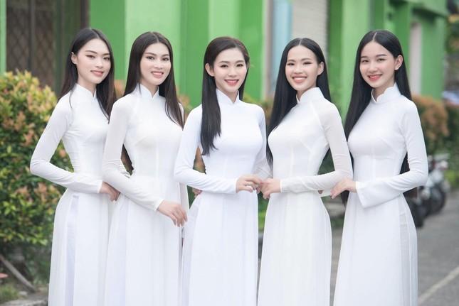 Nhan sắc 'Người đẹp được yêu thích nhất' Hoa hậu Việt Nam 2020 ảnh 5