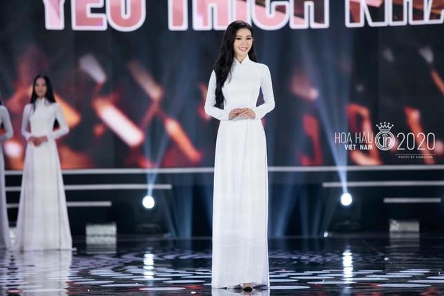Nhan sắc 'Người đẹp được yêu thích nhất' Hoa hậu Việt Nam 2020 ảnh 7
