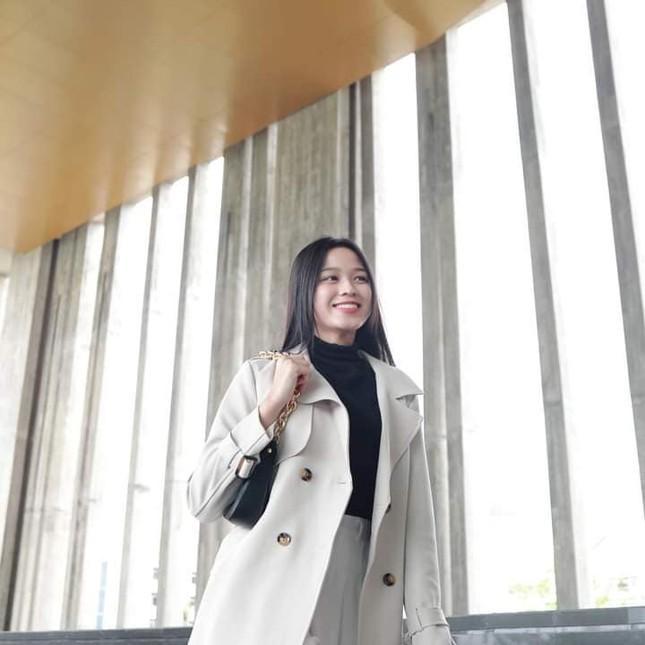 Chia sẻ clip đời thường, Hoa hậu Đỗ Thị Hà được khen xinh đẹp tự nhiên ảnh 10