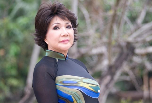 Showbiz 30/12: Việt Hương lên tiếng về việc hỗ trợ đưa tro cốt Vân Quang Long về Việt Nam ảnh 2