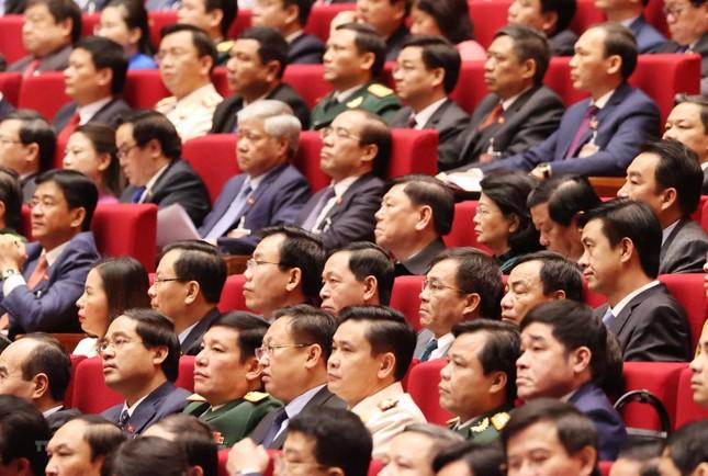 Hình ảnh đại biểu trình bày tham luận tại Đại hội XIII của Đảng ảnh 15