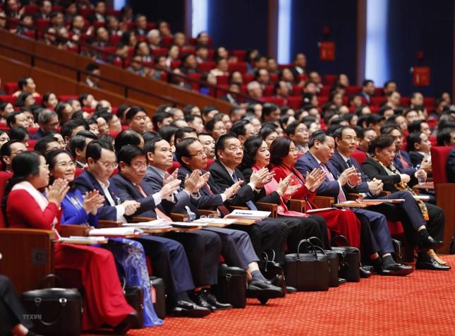 Hình ảnh đại biểu trình bày tham luận tại Đại hội XIII của Đảng ảnh 17