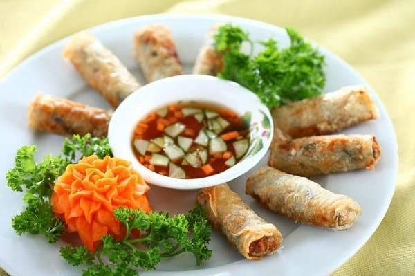 Những món ăn cổ truyền không thể thiếu ngày Tết ảnh 3
