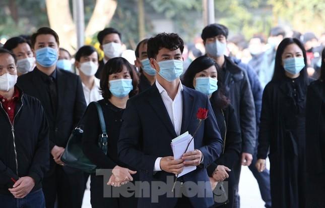 Showbiz 21/2: Rò rỉ hình ảnh Hyun Bin - Son Ye Jin bí mật hẹn hò ở sân golf ảnh 2