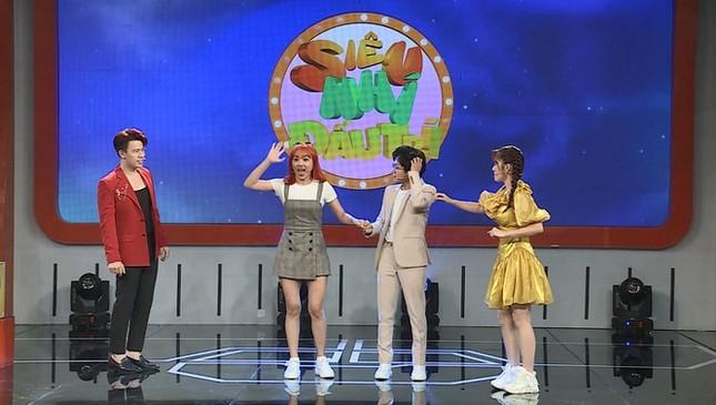 Showbiz 21/2: Rò rỉ hình ảnh Hyun Bin - Son Ye Jin bí mật hẹn hò ở sân golf ảnh 4