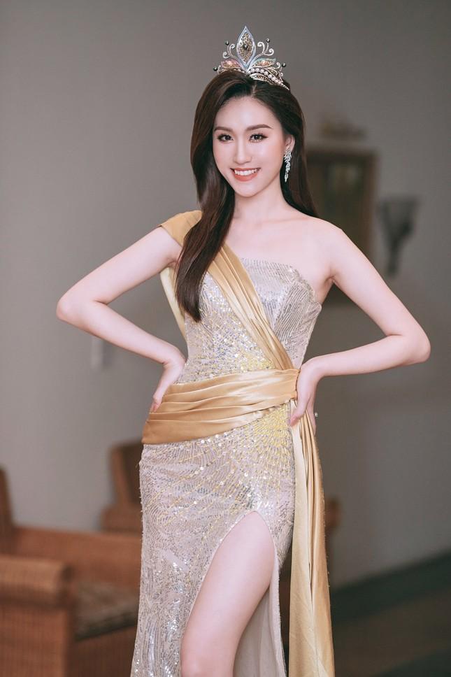 Nhan sắc yêu kiều của Người đẹp Hạ Long từng thi Hoa hậu Việt Nam ảnh 2