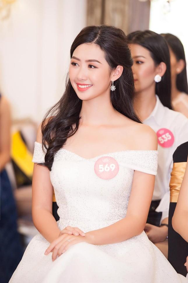Những hotgirl là tiếp viên hàng không từng thi Hoa hậu Việt Nam giờ ra sao? ảnh 1