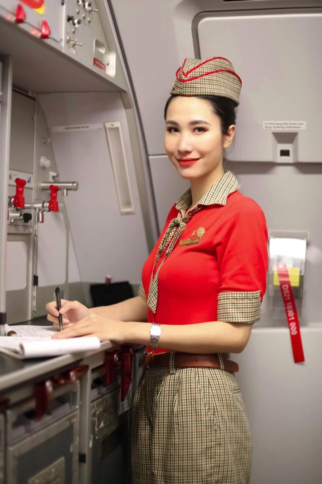 Những hotgirl là tiếp viên hàng không từng thi Hoa hậu Việt Nam giờ ra sao? ảnh 12