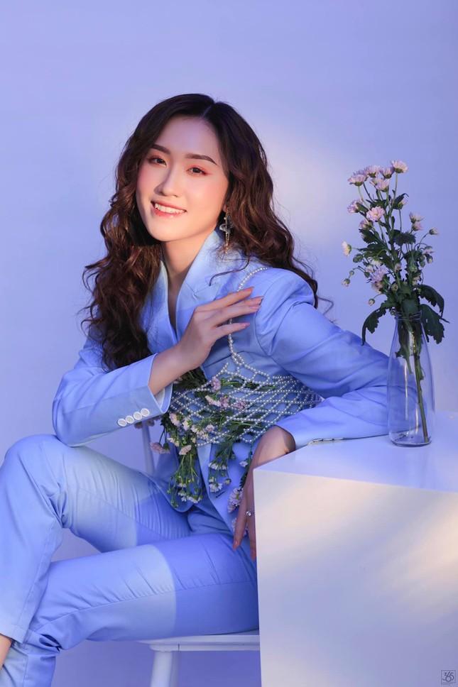 Nhan sắc yêu kiều của Người đẹp Hạ Long từng thi Hoa hậu Việt Nam ảnh 5