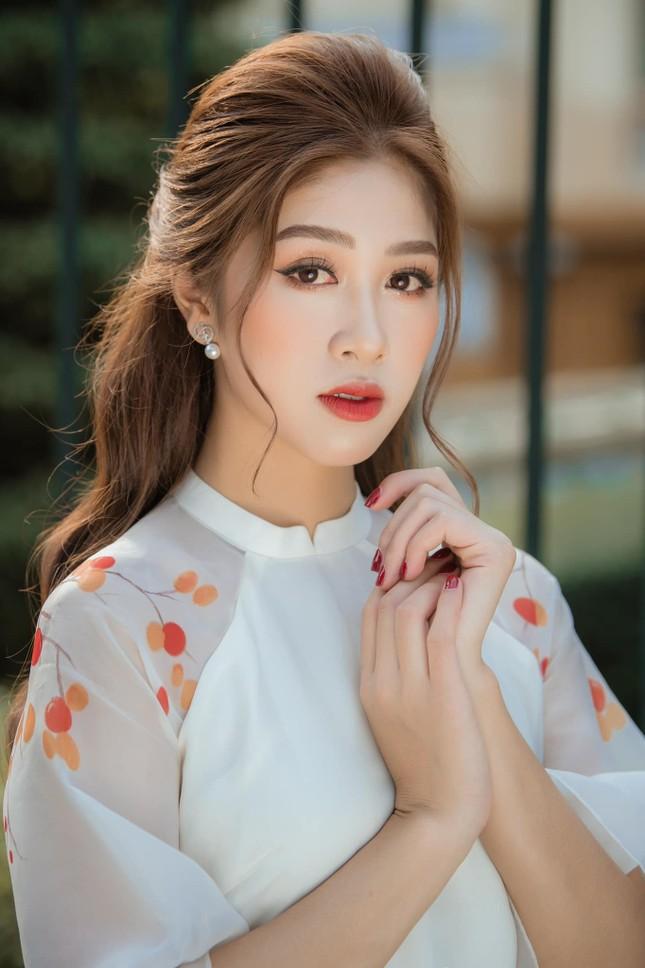 Những hotgirl là tiếp viên hàng không từng thi Hoa hậu Việt Nam giờ ra sao? ảnh 7