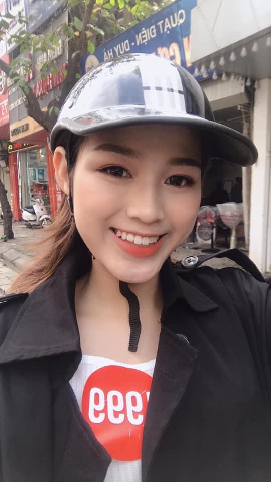 Những hình ảnh ngày bé chưa từng hé lộ của Hoa hậu Đỗ Thị Hà ảnh 10