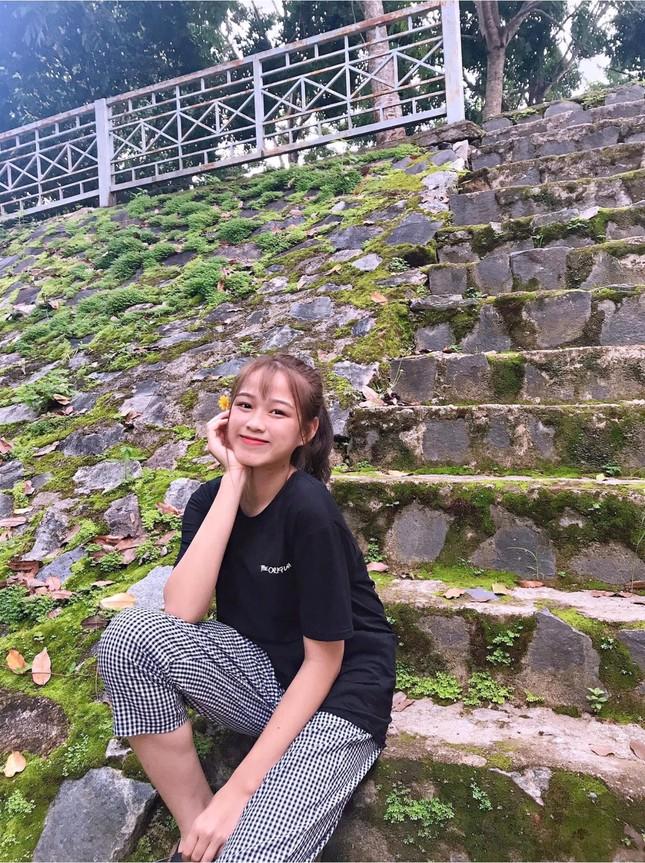 Những hình ảnh ngày bé chưa từng hé lộ của Hoa hậu Đỗ Thị Hà ảnh 8