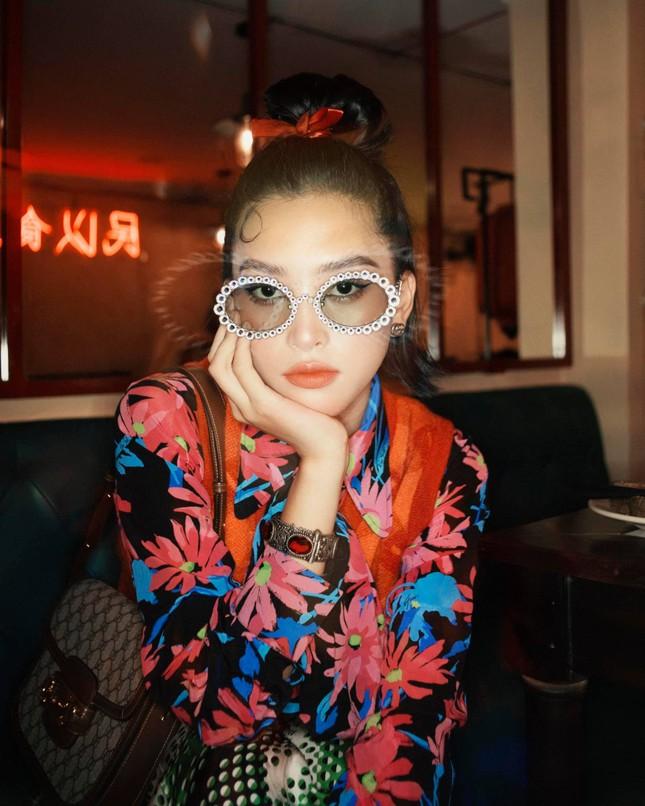 Top 3 Hoa hậu Việt Nam 2018: Tiểu Vy thần thái sang chảnh, Phương Nga-Thúy An ngày càng quyến rũ ảnh 3