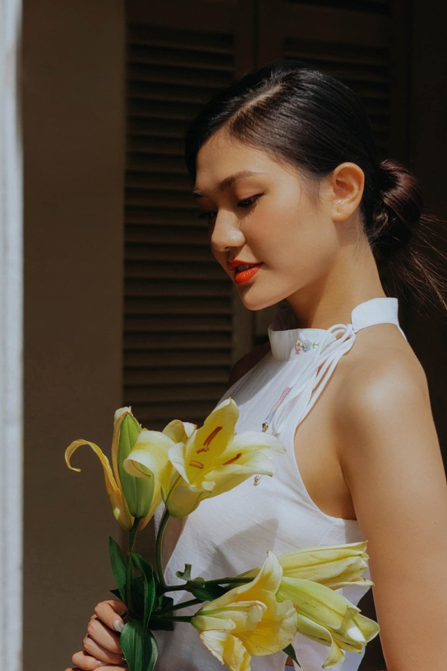 Nhan sắc kiều diễm của Hoa khôi Đại học Hoa sen từng thi Hoa hậu Việt Nam 2020 ảnh 14