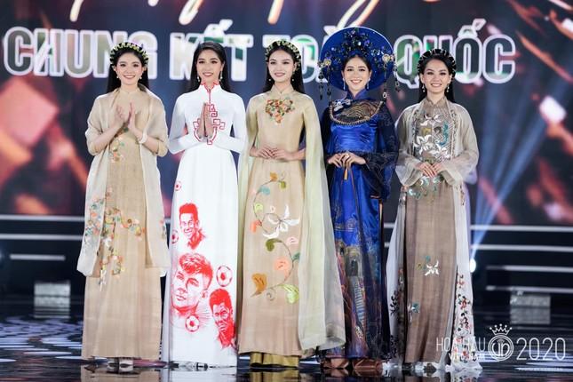 Nhan sắc kiều diễm của Hoa khôi Đại học Hoa sen từng thi Hoa hậu Việt Nam 2020 ảnh 3