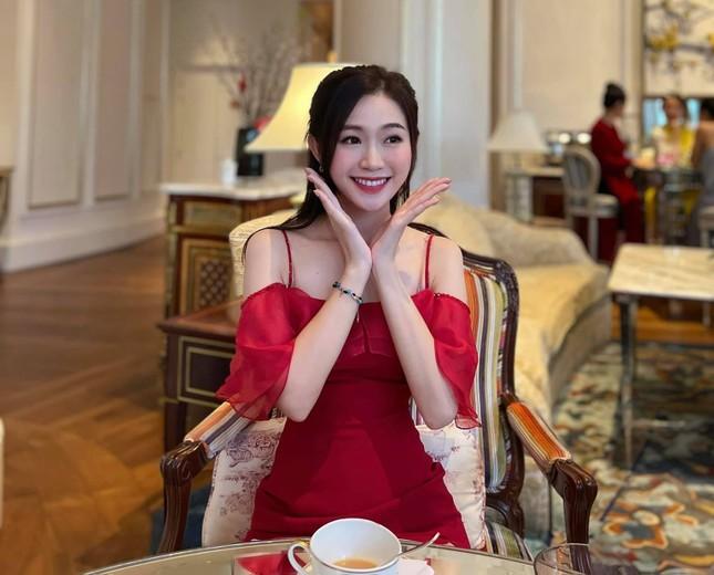Nhan sắc đời thường đẹp khả ái của 'bản sao' hoa hậu Đặng Thu Thảo ảnh 5