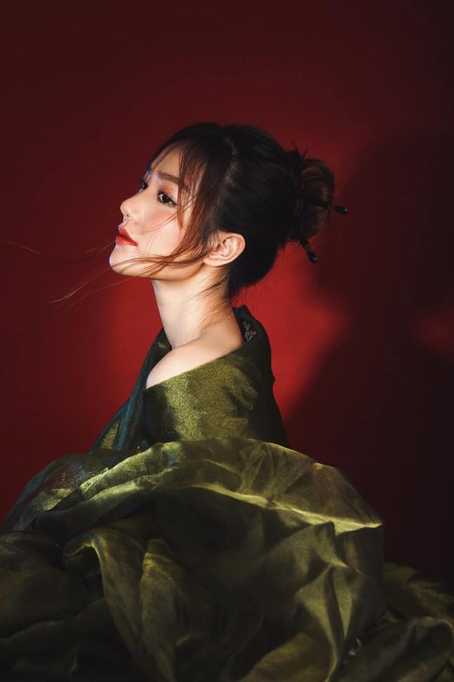 Nhan sắc không tì vết của cô gái có gương mặt đẹp nhất Hoa hậu Việt Nam 2018 ảnh 4