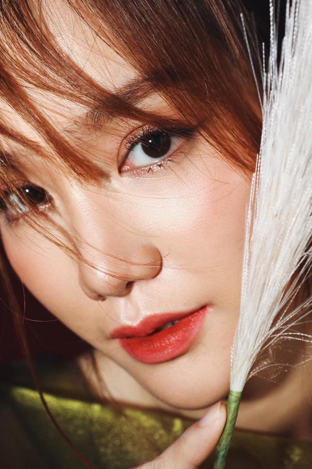 Nhan sắc không tì vết của cô gái có gương mặt đẹp nhất Hoa hậu Việt Nam 2018 ảnh 2