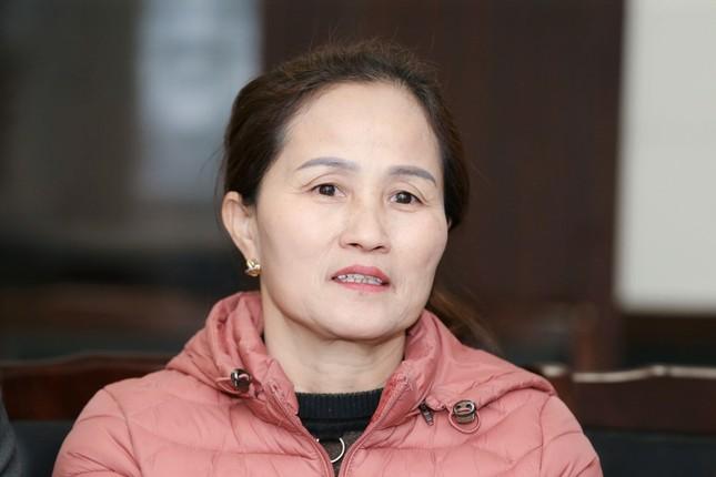 Hoa hậu Đỗ Thị Hà tiết lộ kế hoạch tặng quà 8/3 cho mẹ ảnh 1