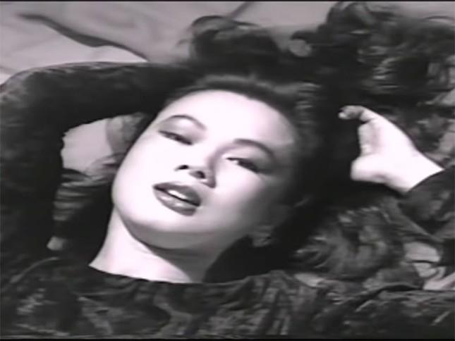 Nhan sắc nóng bỏng bậc nhất hải ngoại một thời của ca sĩ Kim Ngân lang thang bên Mỹ ảnh 7