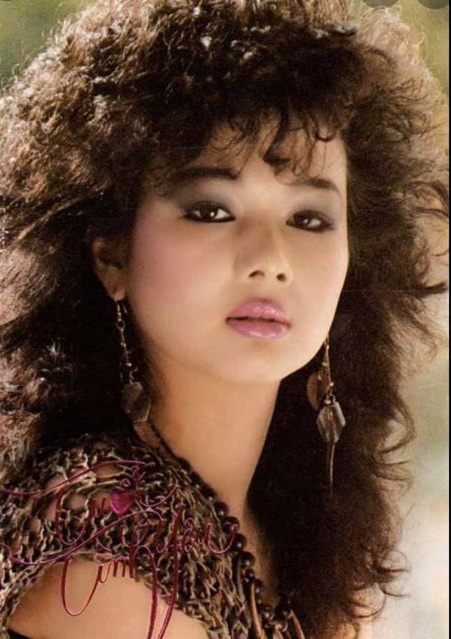 Nhan sắc nóng bỏng bậc nhất hải ngoại một thời của ca sĩ Kim Ngân lang thang bên Mỹ ảnh 1