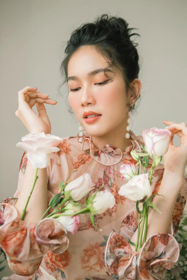 Á hậu Phạm Ngọc Phương Anh nhắn Ngọc Thảo 'hãy mang vương miện về' ảnh 2