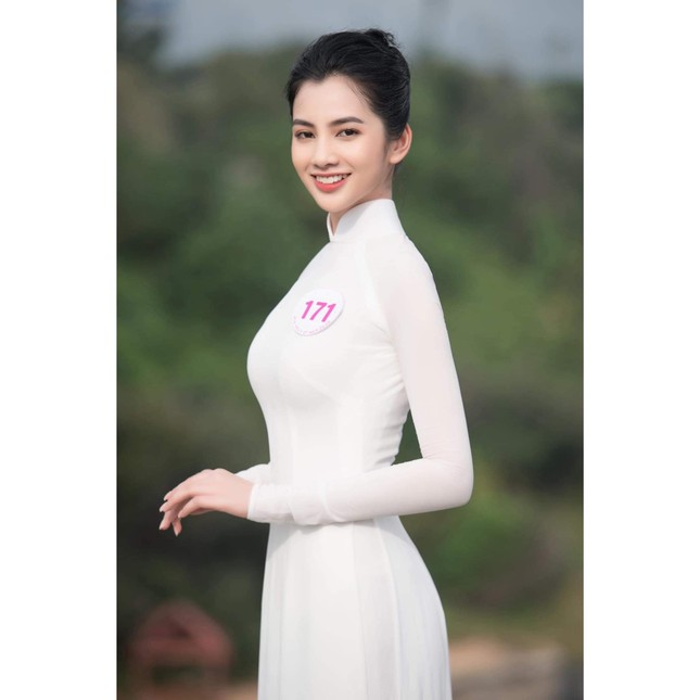 Những thí sinh nhỏ tuổi nhất cuộc thi Hoa hậu Việt Nam 2020 giờ ra sao? ảnh 1