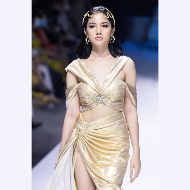 Những thí sinh nhỏ tuổi nhất cuộc thi Hoa hậu Việt Nam 2020 giờ ra sao? ảnh 4