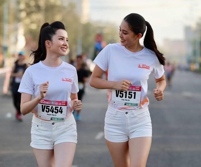 Hoa khôi Huỳnh Thúy Vi háo hức tham gia giải chạy báo Tiền phong ảnh 6