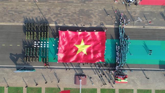 Toàn cảnh Lễ Thượng cờ Giải Tiền Phong Marathon 2021 ảnh 18