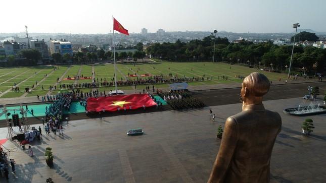 Toàn cảnh Lễ Thượng cờ Giải Tiền Phong Marathon 2021 ảnh 19