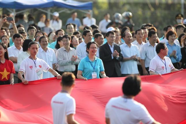 Toàn cảnh Lễ Thượng cờ Giải Tiền Phong Marathon 2021 ảnh 20